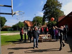 Birgit Schäfer beim Basketball.©SJB Binnen
